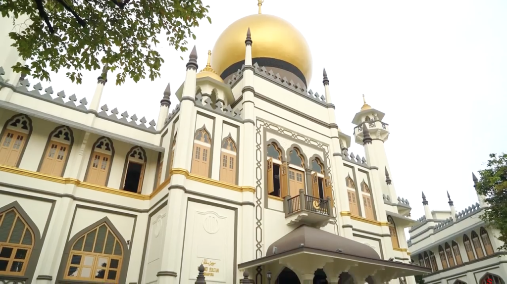 Different Side of Singapore Masjid Sultan The Wanderlist